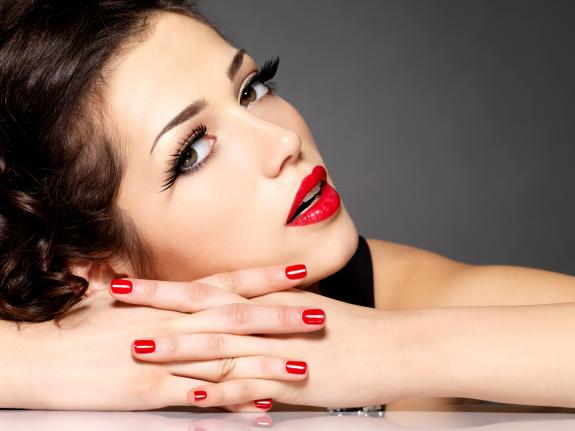 Questions for Manicure from Amore Salon   Hair salon 92677   Nail salon 92677   Haircut